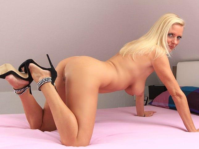Dirty Tina Reife Frau und Erotikstar