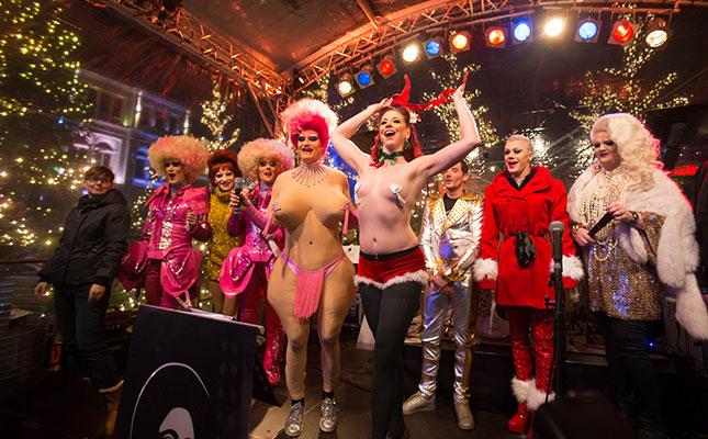 Erotischer-Weihnachtsmarkt-Santa-Pauli