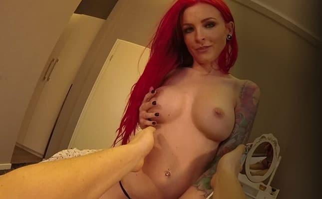 Lexy Roxx im Visit-X VR-Porno