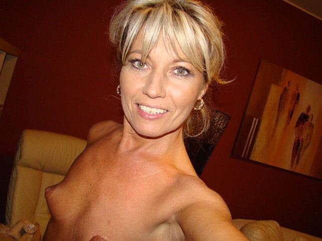 Reife Dame sucht Sexkontakte