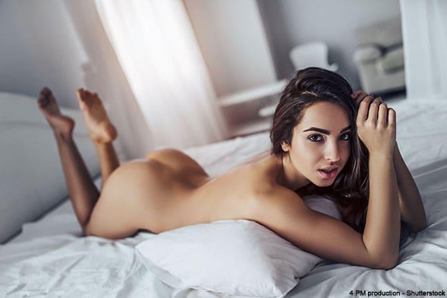 Junge Frau möchte Sex beim ersten Date