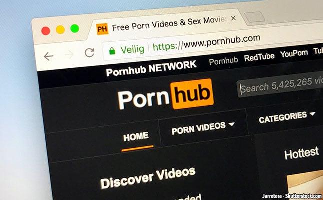 Pornhub-droht-in-Deutschland-die-Sperrung